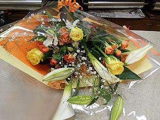 おめでとうございます。7月の結婚式も決まられたとか♪